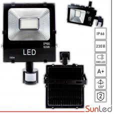 Прожектор светодиодный 50W с датчиком движения IP65 6500K для улицы SUNLED